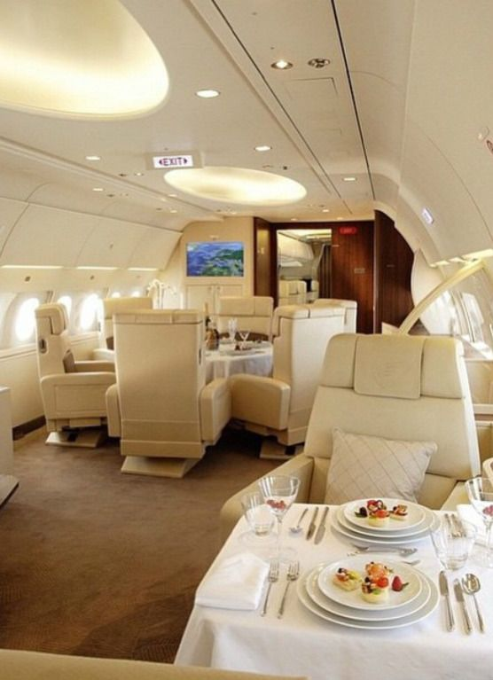 legacy 500 interior 6 ft head clearance private jets private rh pinterest com