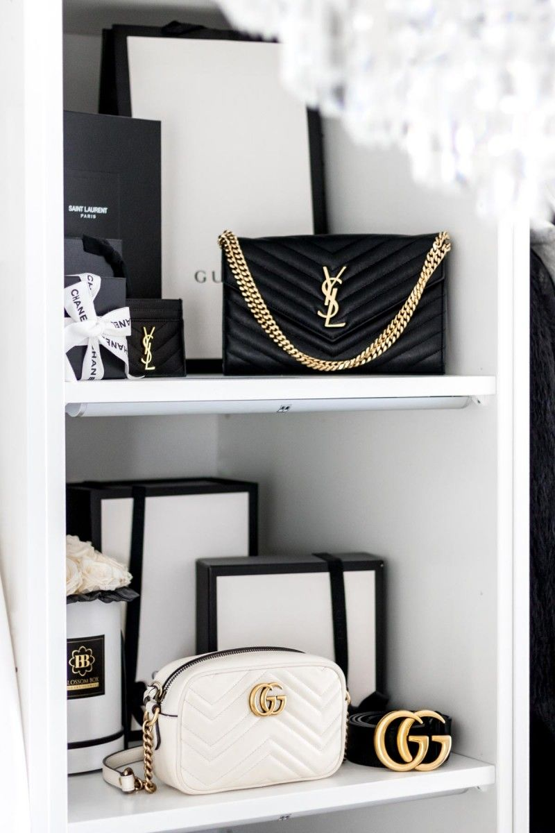 Recorrido por el armario: cómo construir su propio vestidor  – Bolsa