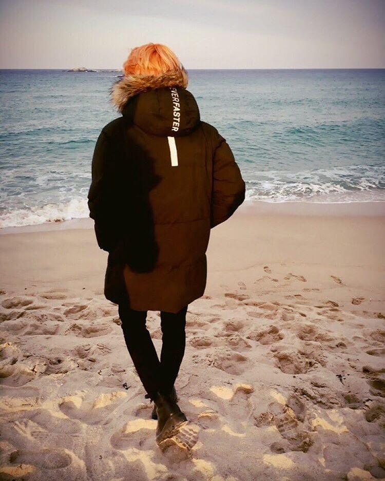 """160204 Twitter Update - ""난 바다가 정말 좋아요 #JIMIN #호석이형의_시선"" - Trans: ""I really like the sea  #JIMIN  #HoseokieHyung's_Sight"" -"