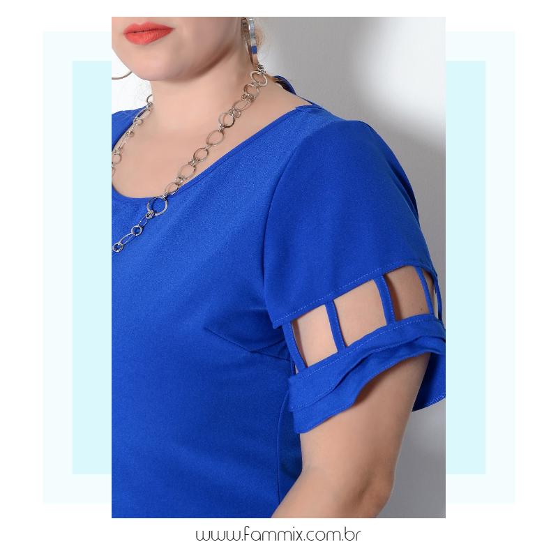 cod. 20487 • Vestido curto de shape acinturado, veste super bem. Todos os detalhes estão um charme! Acessem www.fammix.com.br #fammix #modafeminina #modagrande #plussize #plussizefashion #plussizemodel