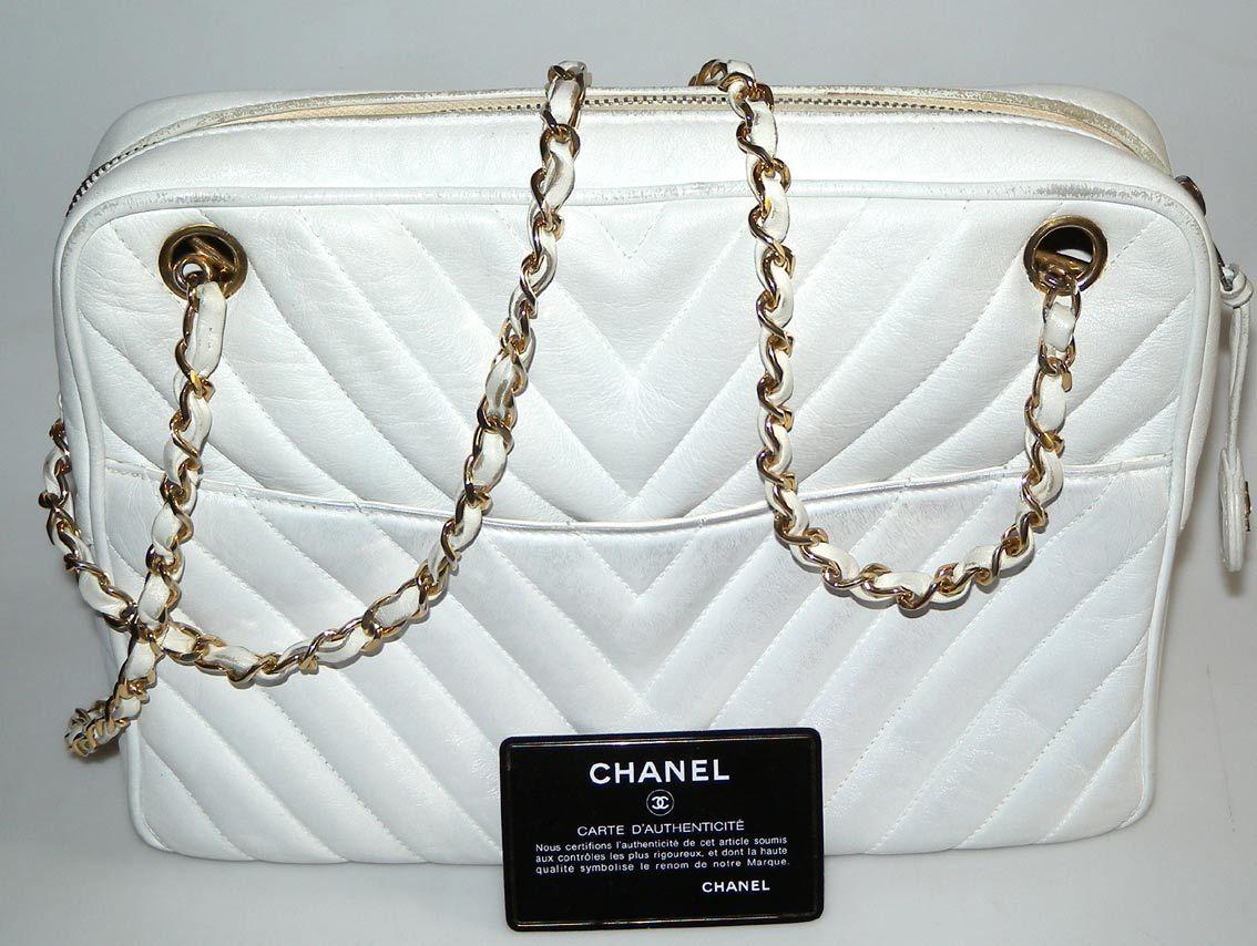 Chanel Sac Matelasse Blanc Chaine Cuir Et Or Mode Vintage Femme En