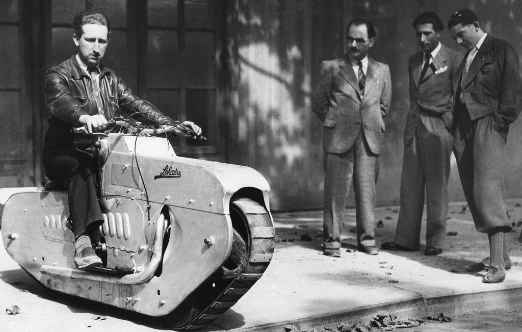 This tracked motorcycle from 1939 looks like it belongs in a fallout game - Imgur