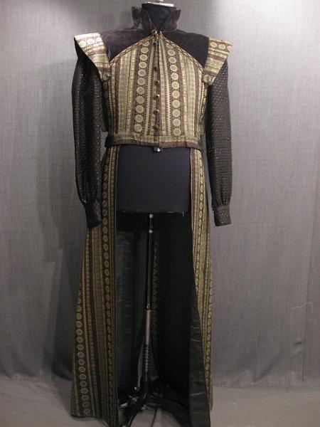 09008274 Robe Medieval black taupe purple C45 W42.JPG