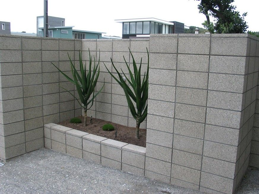 Cinder Block Retaining Wall Ideas For Better Look Decorative