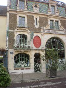 simply-chateau: La pharmacie Lesage...............