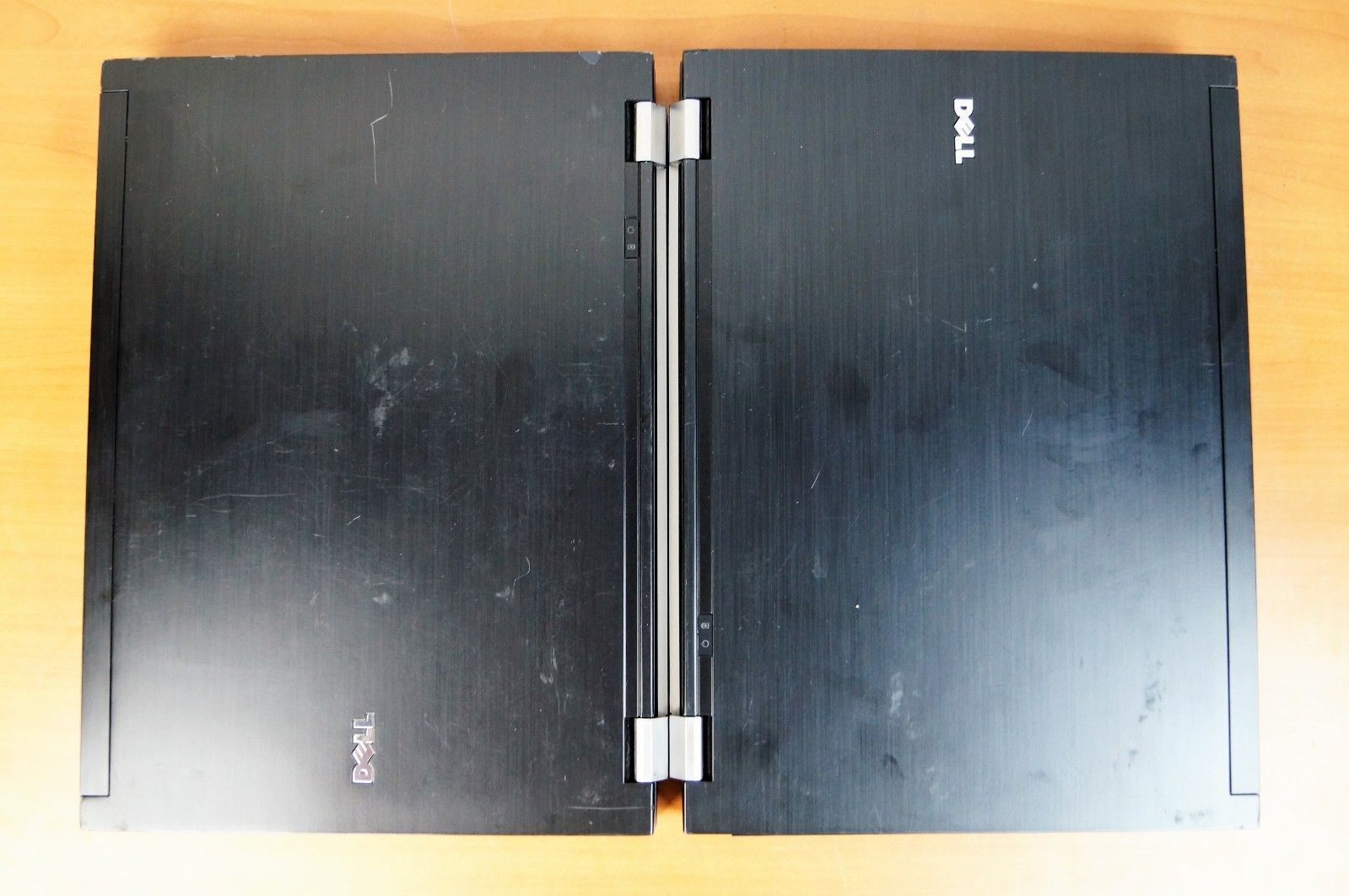 2 x Dell Latitude E6500 2.4GHz C2D P8600 4GB RAM No HD No Caddy No AC Adapter