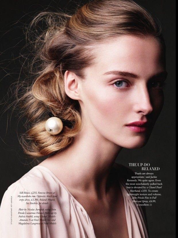 awesome Harper\'s Bazaar UK   Editorial Beleza Junho 2013   Amanda Norgaard e Magdalena Langrova