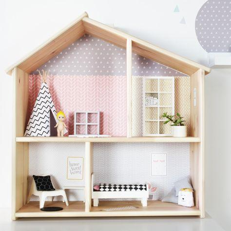 IKEA FLISAT Hack: Mit Diesem Stickerbogen Passend Für Das IKEA FLISAT  Puppenhaus Bekommt Das Haus Eine Moderne Und Stylische Einrichtung. In Zwu2026