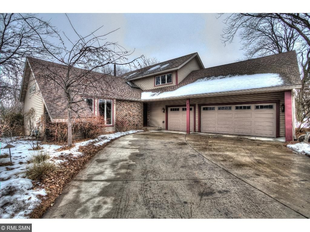 Stunning Home W Upgrades Perfect Floor Plan For Entertaining 2