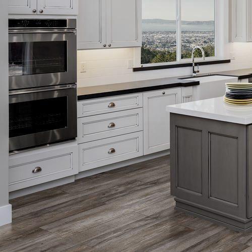 Home Expressions Hearthstone Oak 6 Wide Luxury Vinyl Plank Flooring Luxury Kitchen Design Luxury Kitchens Vinyl Flooring Kitchen