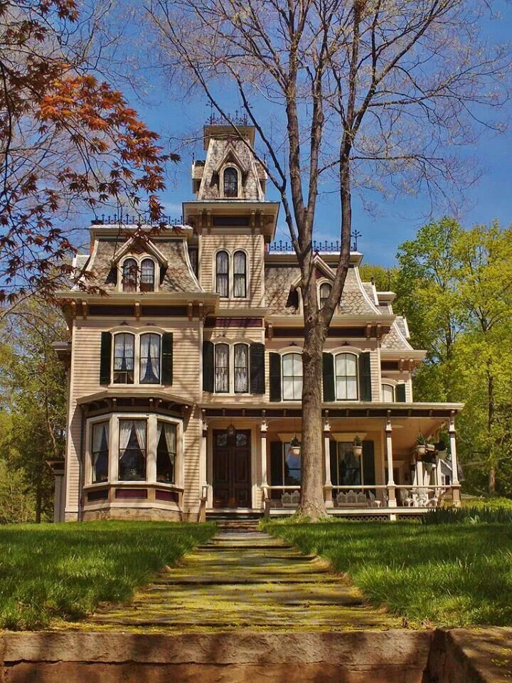 Second Empire Mt Kisco Ny In 2019 Old Victorian Homes