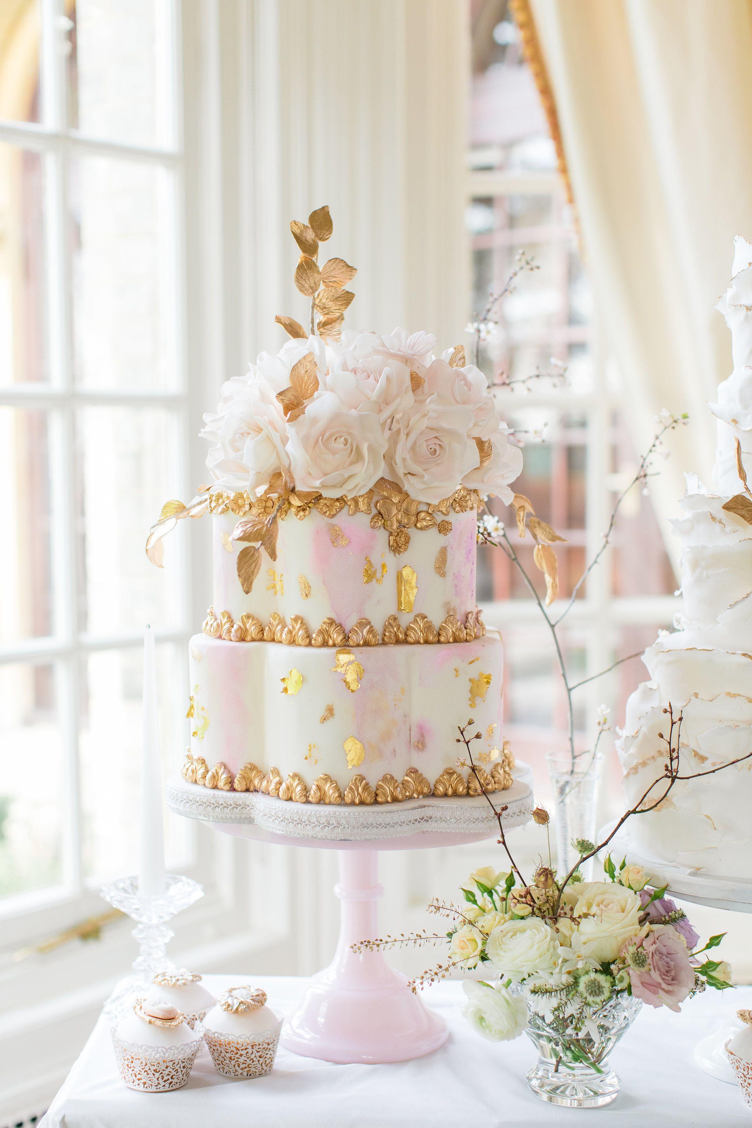 Elizabeths cake emporium watercolour luxury wedding cake