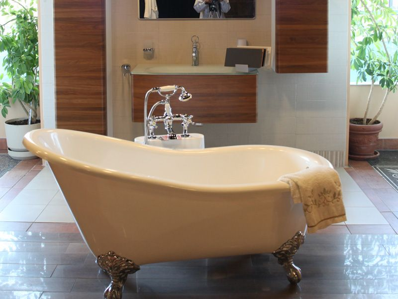 Stand Alone Jetted Bathtubs