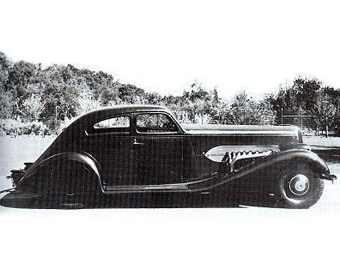 Bohman & Schwartz Duesenberg J Airflow Coupe #J212-2234 Mudd | Coupe,  Bespoke cars, Automotive artwork