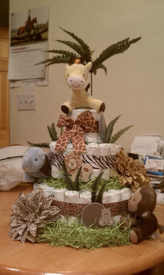 Safari Diaper Cake In 2019 Jungle Diaper Cakes Diaper