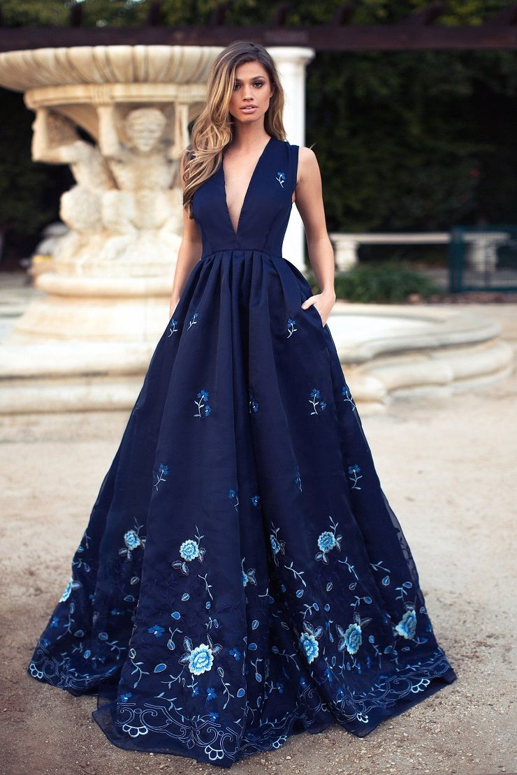Sexy Plunging Neckline Wedding Dress - Dark Blue Wedding Dress | itakeyou.co.uk #weddingdress #wedding #weddinggown #wedinggowns #bridalgown #bride #weddingdresses #vneck #plungingneckline