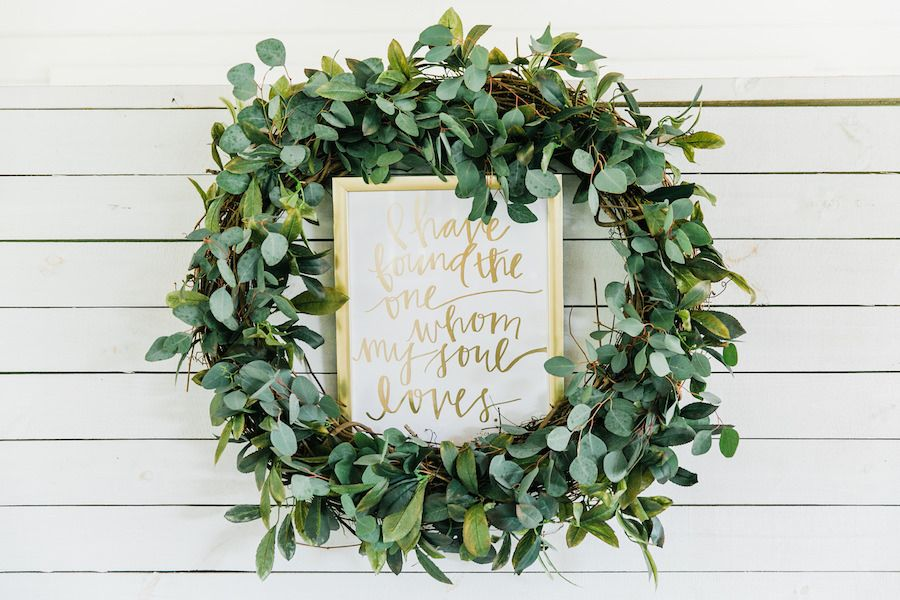 Greenery Plant Wedding Wreath Decor with Wedding Sign | Rustic, Country Wedding Inspiration | Tampa Bay Wedding Reception