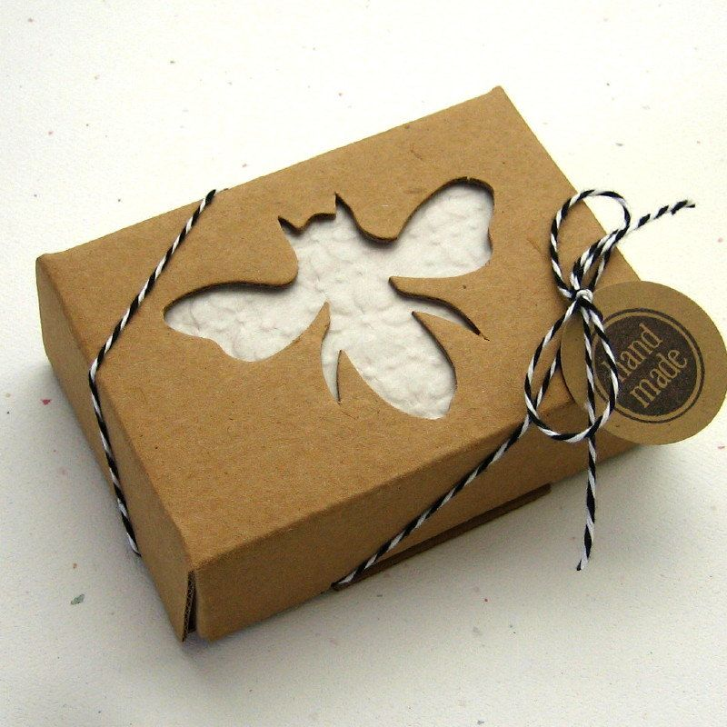 10 Kraft Boxes Soap Box With Honey Bee Window 2 5 8 X 3 3 4 X Etsy Soap Packaging Diy Soap Packaging Design Handmade Soaps