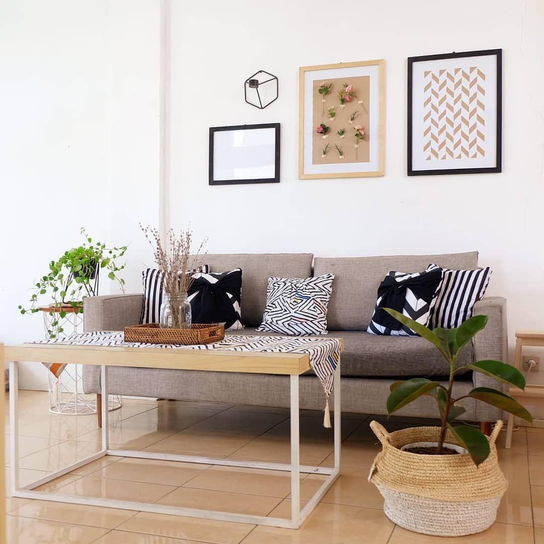 Desain Interior Ruang Keluarga Yang Unik Dengan Sentuhan Monokrom Dan Scandinavian Inspirasi Desain Rumah Terkini Ruang Kelua Desain Interior Dekor Interior