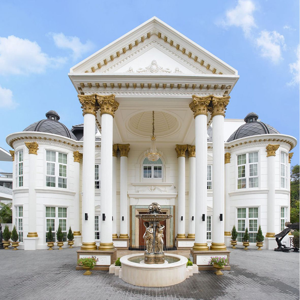 Luxury Apartment Building Entrance: Luxury Mediterranean Home. Architecture#Grand Entrance