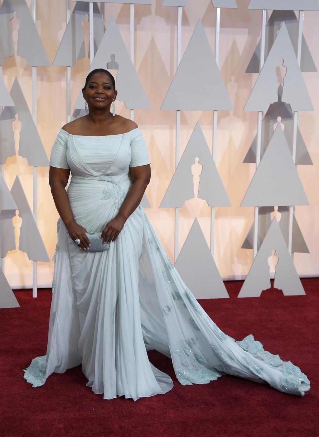 Revista Clase on Oscars 2015 red carpet, Green dress