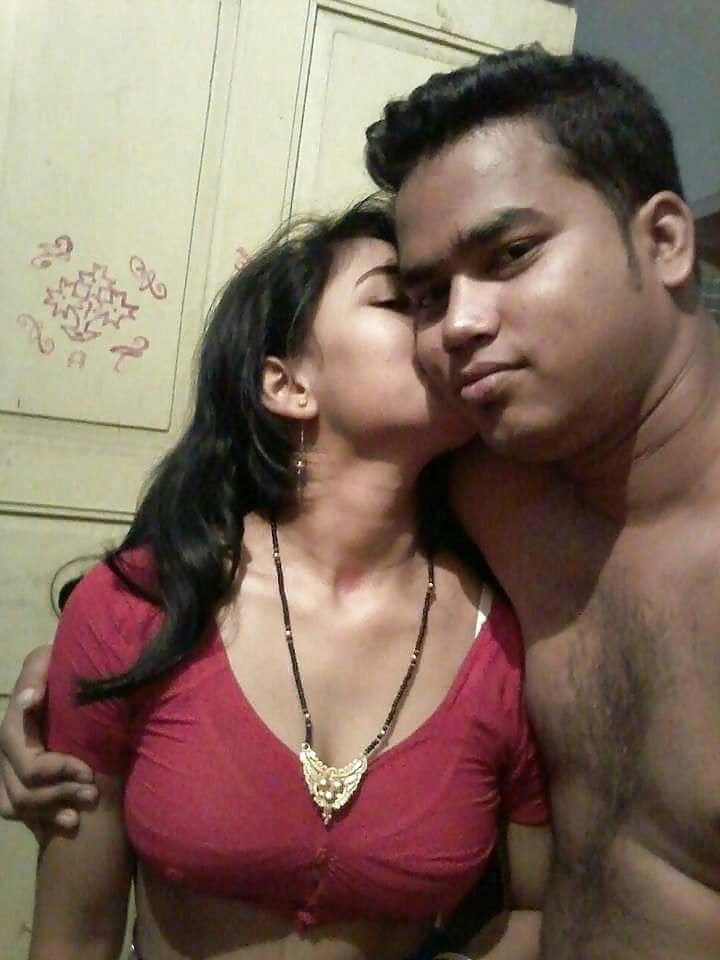 Pin By Orarra Girabbo On Desi Beauty  Hot Couples, Hot -3471
