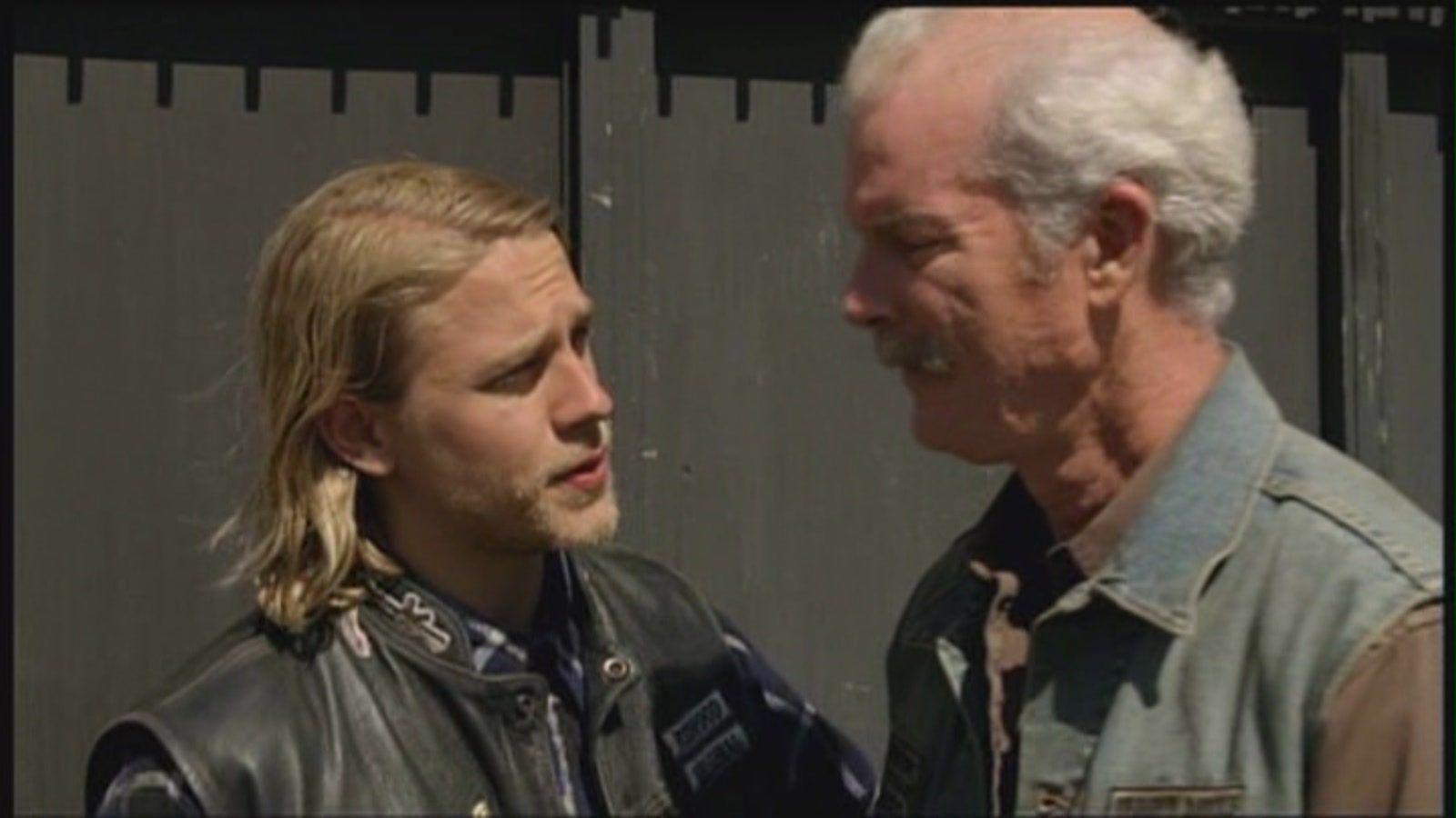 Jax And Jury Charlie Hunnam Sons Of Anarchy Human Mind