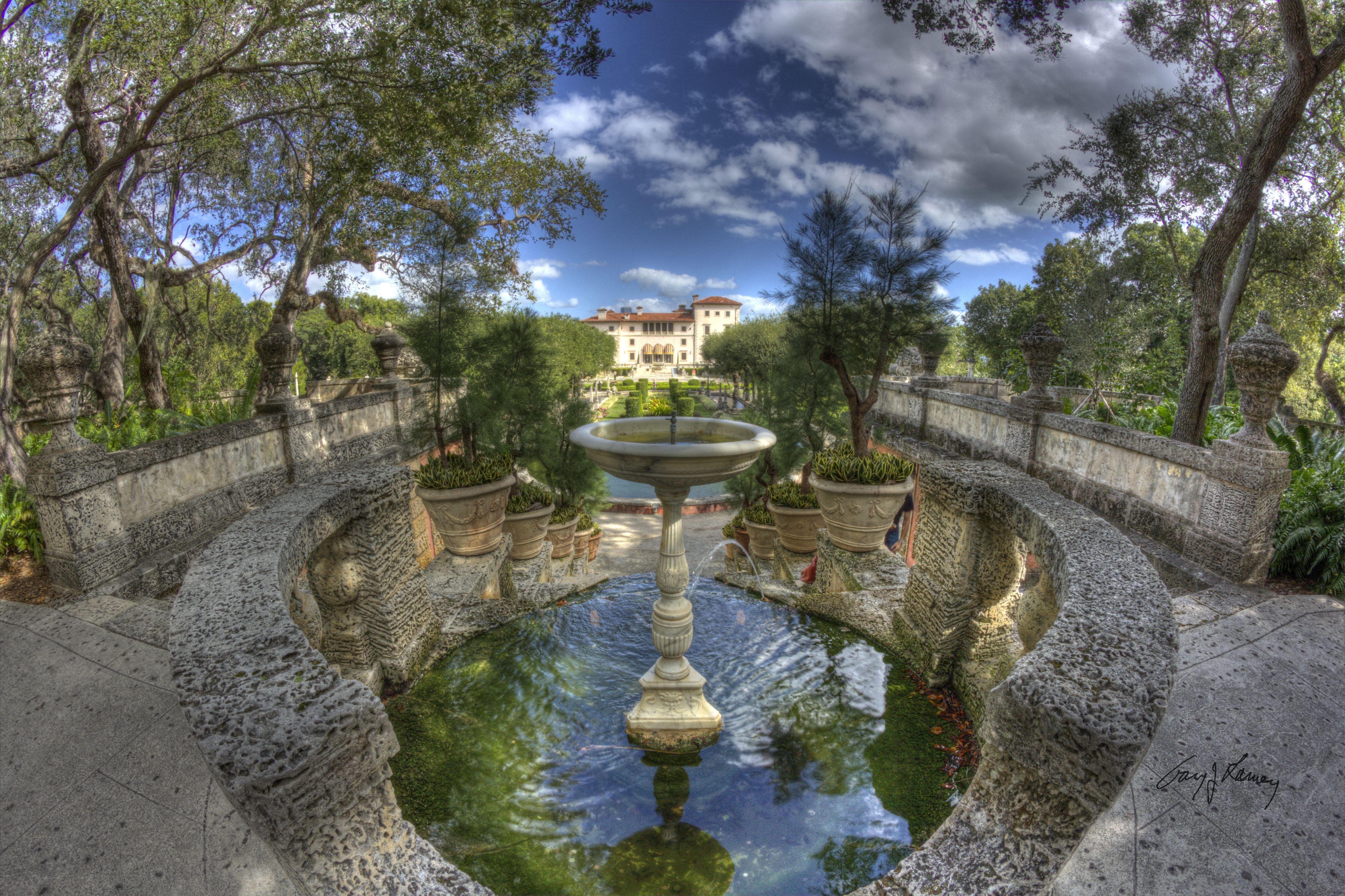 Vizcaya Museum & Gardens | Formal garden, Bird bath ...