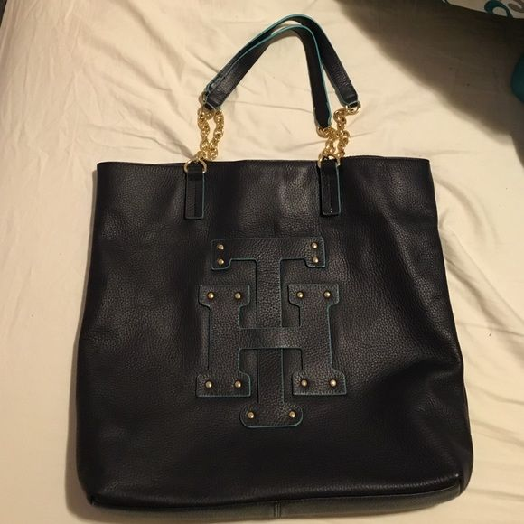 Tommy Hilfiger Handbag Chain Link Strap, Just Like New! Only used once.. Tommy Hilfiger Bags