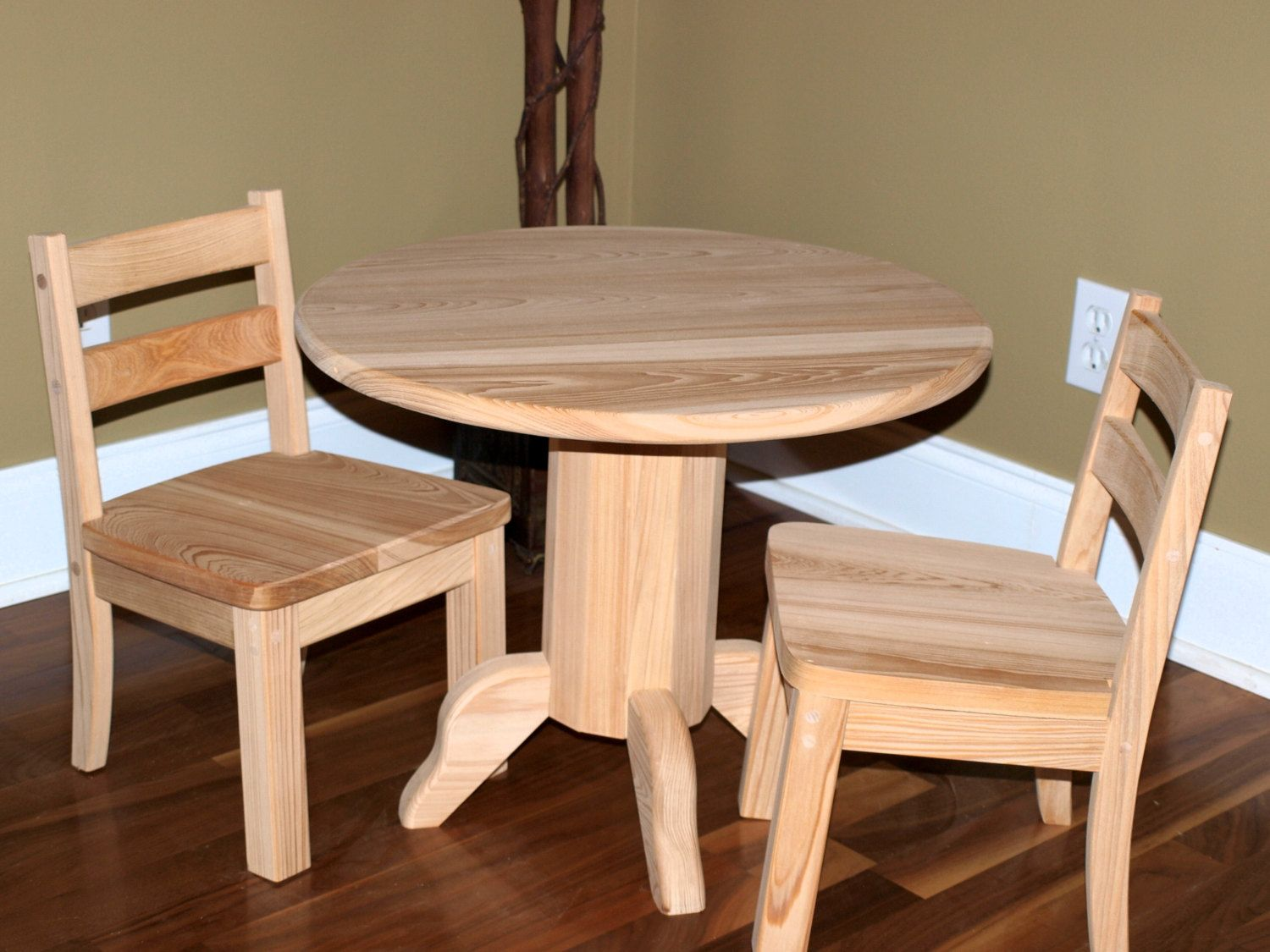 Unfinished Cypress Childs Table u0026 Chair Set & Unfinished Round Table u0026 Chair Set   Rounding Wood projects and Woods