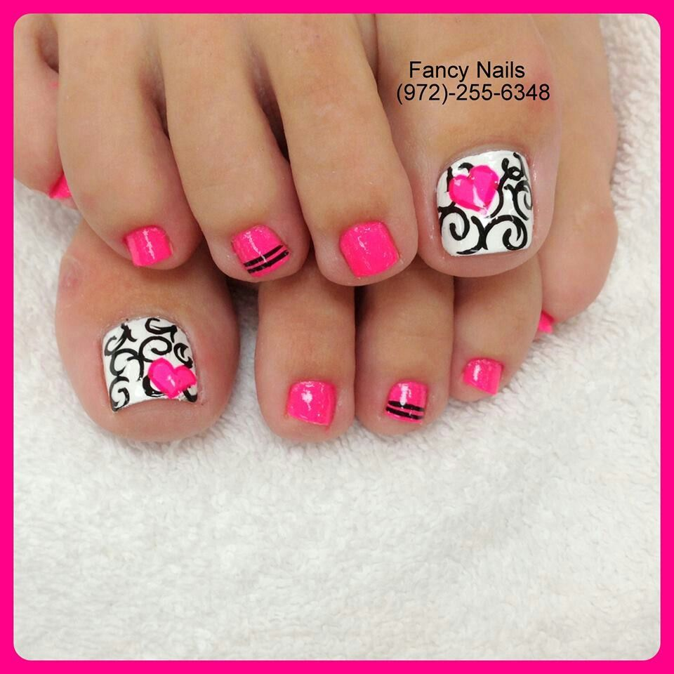 Black And White Damask Swirls With Pink Heart Toe Nail Design Love