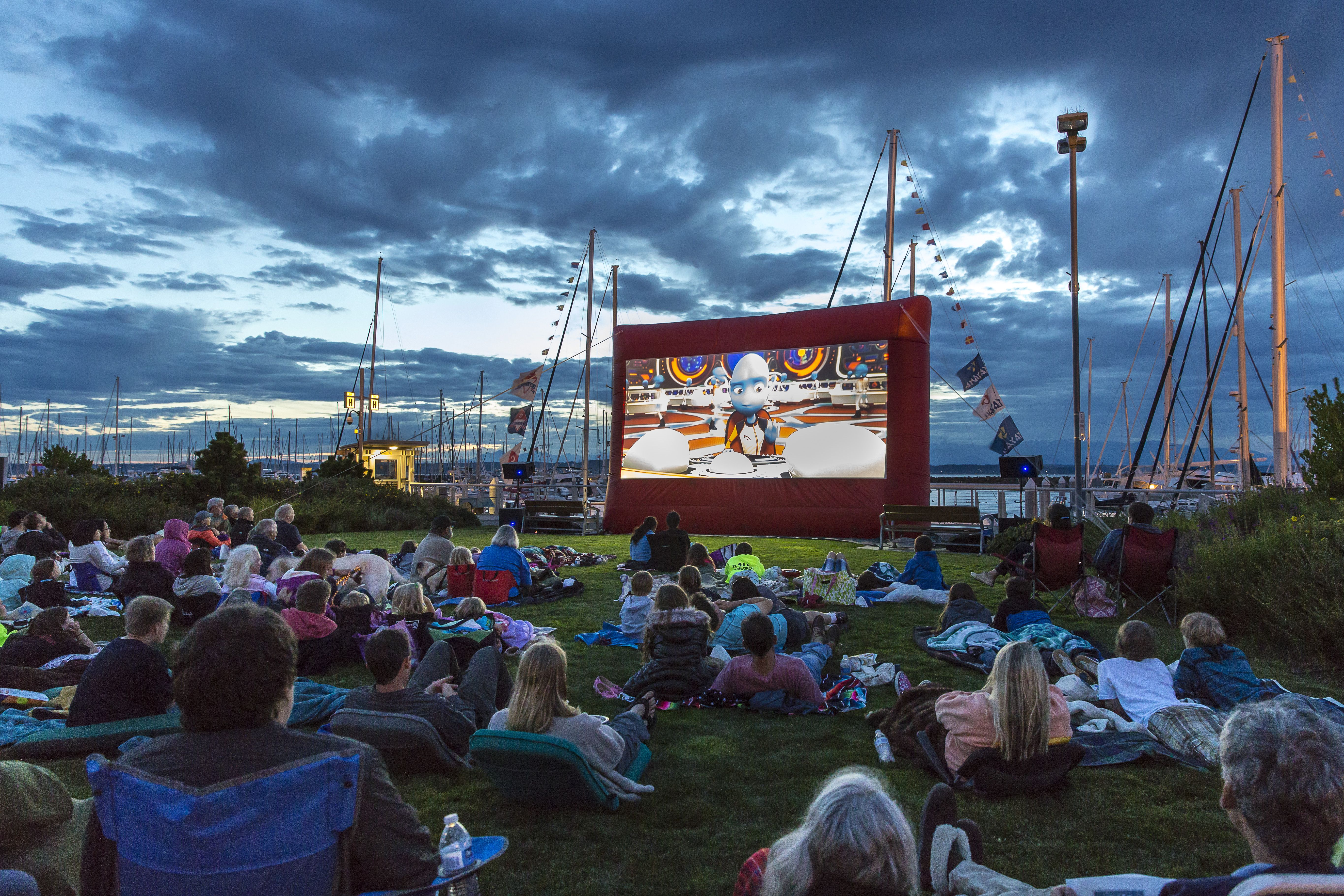 Outdoor Movies at Magnuson Park | Seattle - Things To Do | Pinterest ...