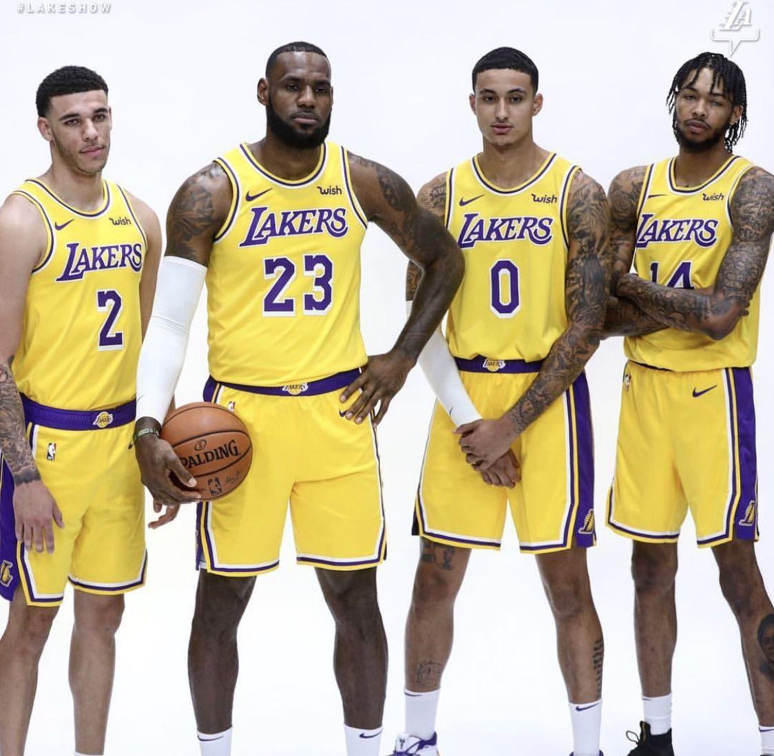 Pin By Jordan Mcu On 김훈 Los Angeles Lakers Nba Nba Trades