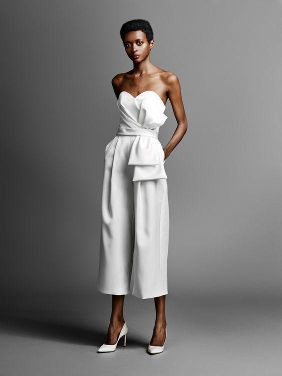 3127c2374a9 40+ Jumpsuit Wedding Dresses Ideas 12 – Fiveno