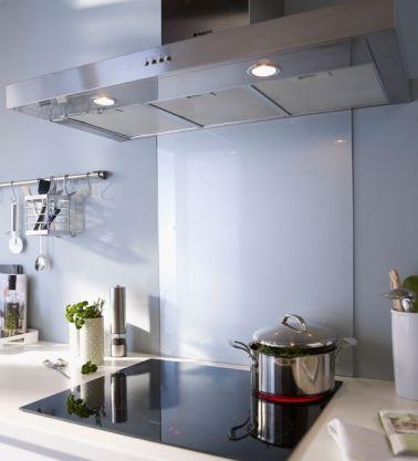 Crédence Verre Ou Inox Modèles Déco Pour La Cuisine Deco - Cuisiniere induction inox pour idees de deco de cuisine