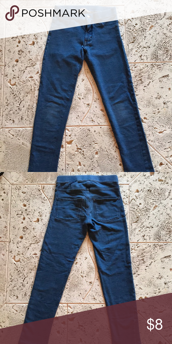8517a19a159b2 Like New Girls size 9/10 H&M stretch jeggings Like New Girls Size 9/10 H&M  super stretch skinny fit jeans. Run small more like a size 7/8.
