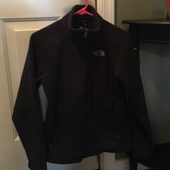Size small jacket, worn but tons of life left Small north face jacket, black North Face Jackets & Coats