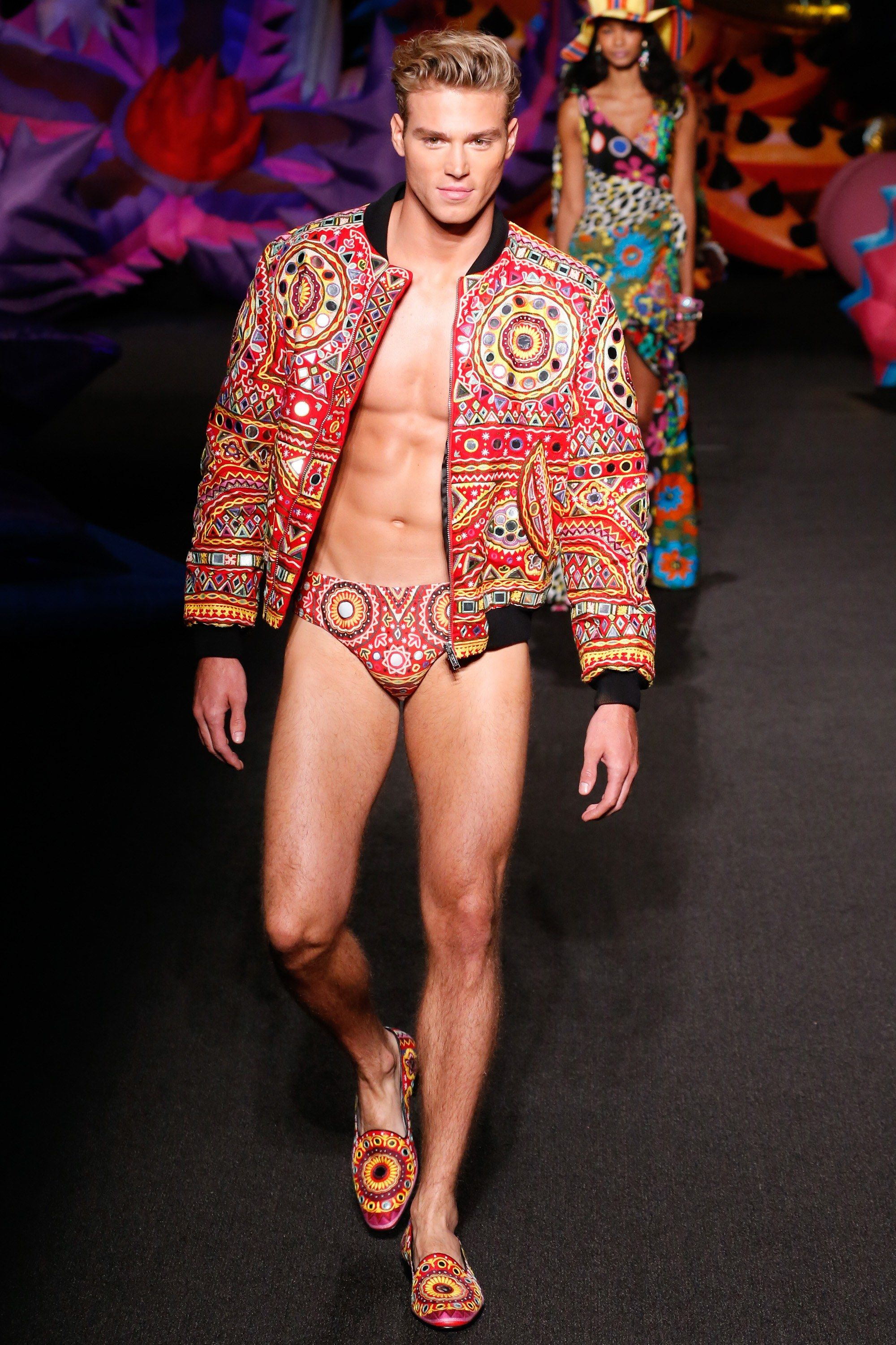 Watch Moschino Joins London Collections: Men SS15 Line-Up video