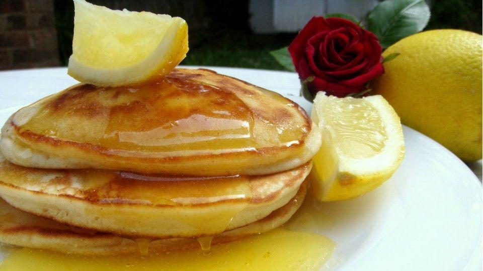 Prepara unos pancakes de limón y queso ricotta - Sabrosía