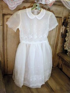 Details about  /Vintage 50's 60's Little Girls White Party Dress Eyelet