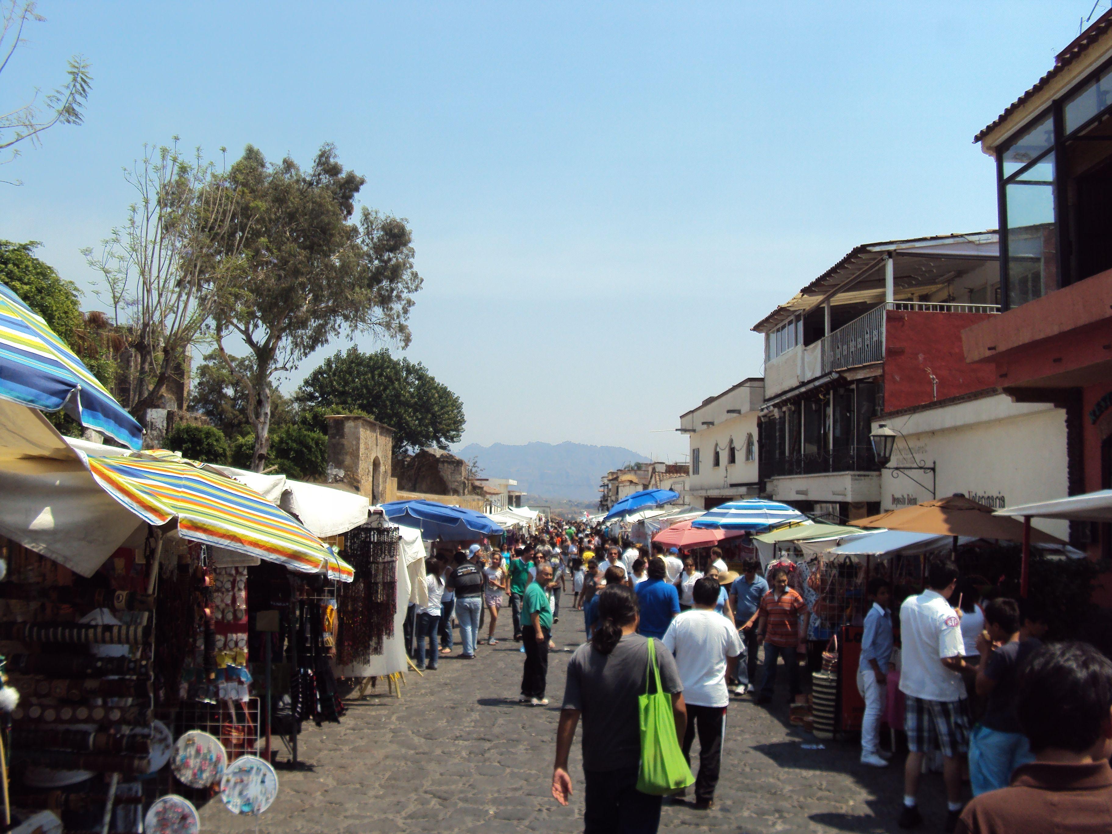 De compras en Tepoztlán.
