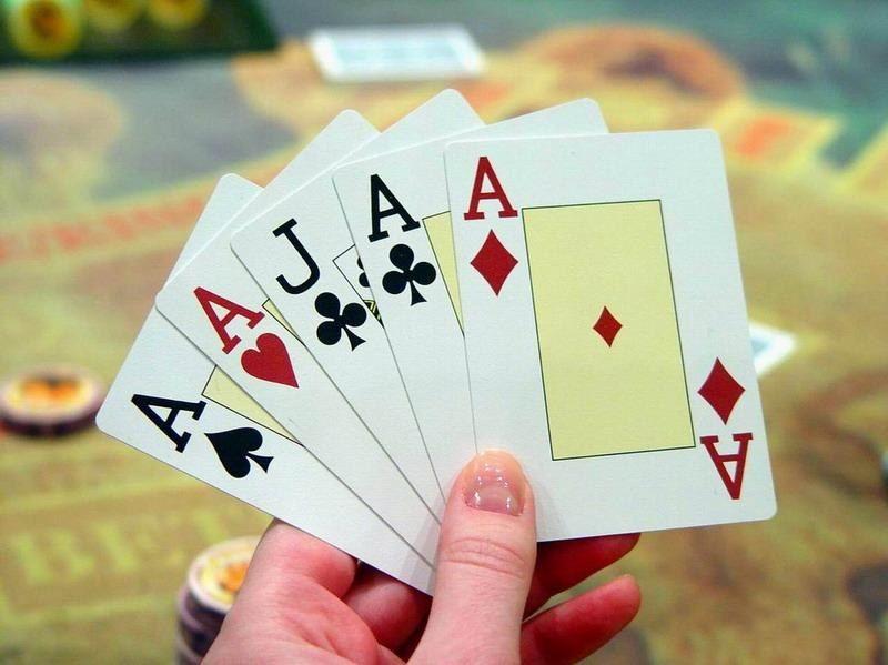 Игра в карты фараон играть онлайн меню в казино баре