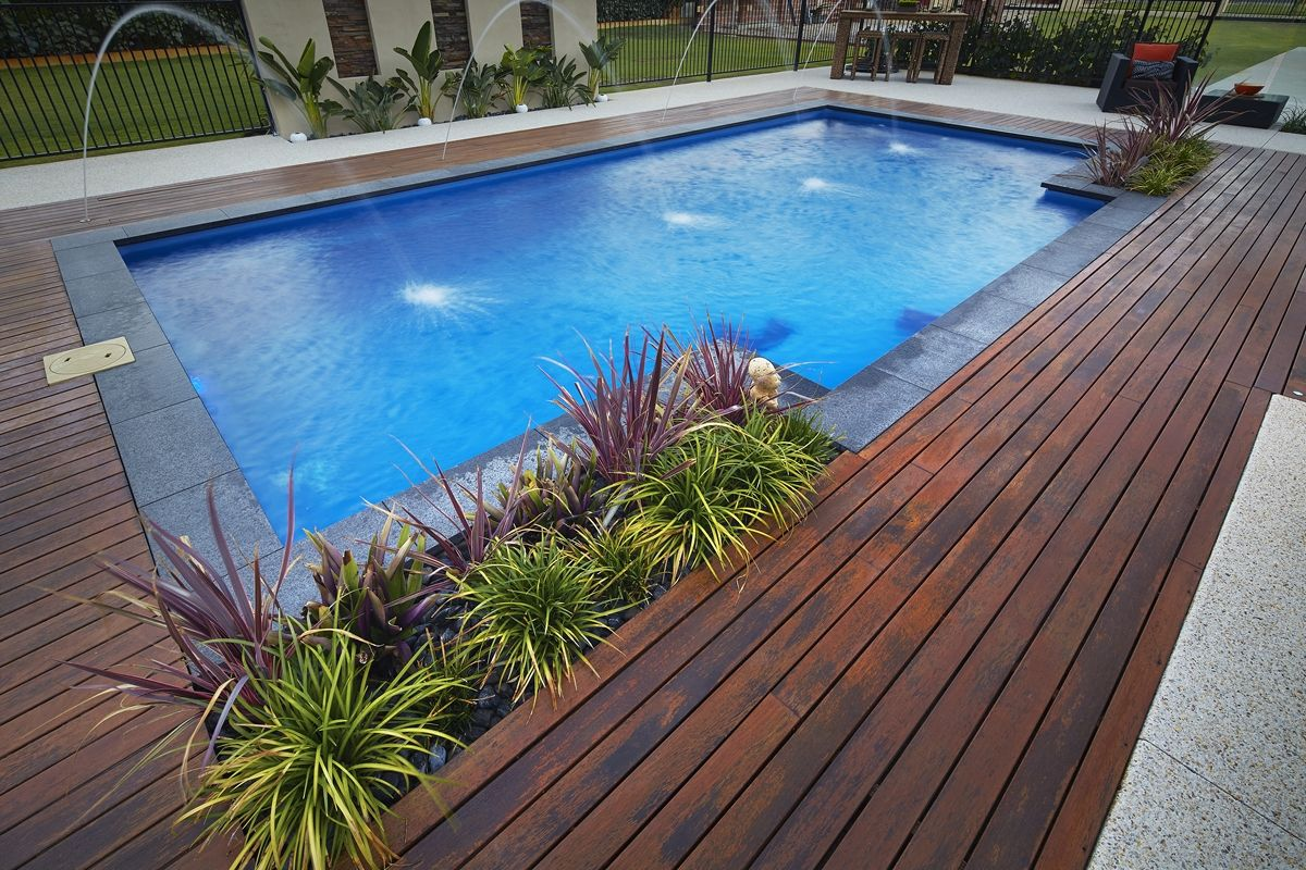 8 5m Majestic Pool Design Ocean Shimmer With Jandy Jets Barrier Reef Pool Perth Backyard Pool Small Backyard Pools Small Pool Design