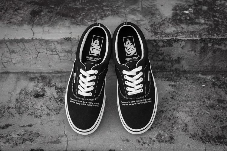 69f5a2ee95 2018 Vans Black Pretty Bargain  Vans