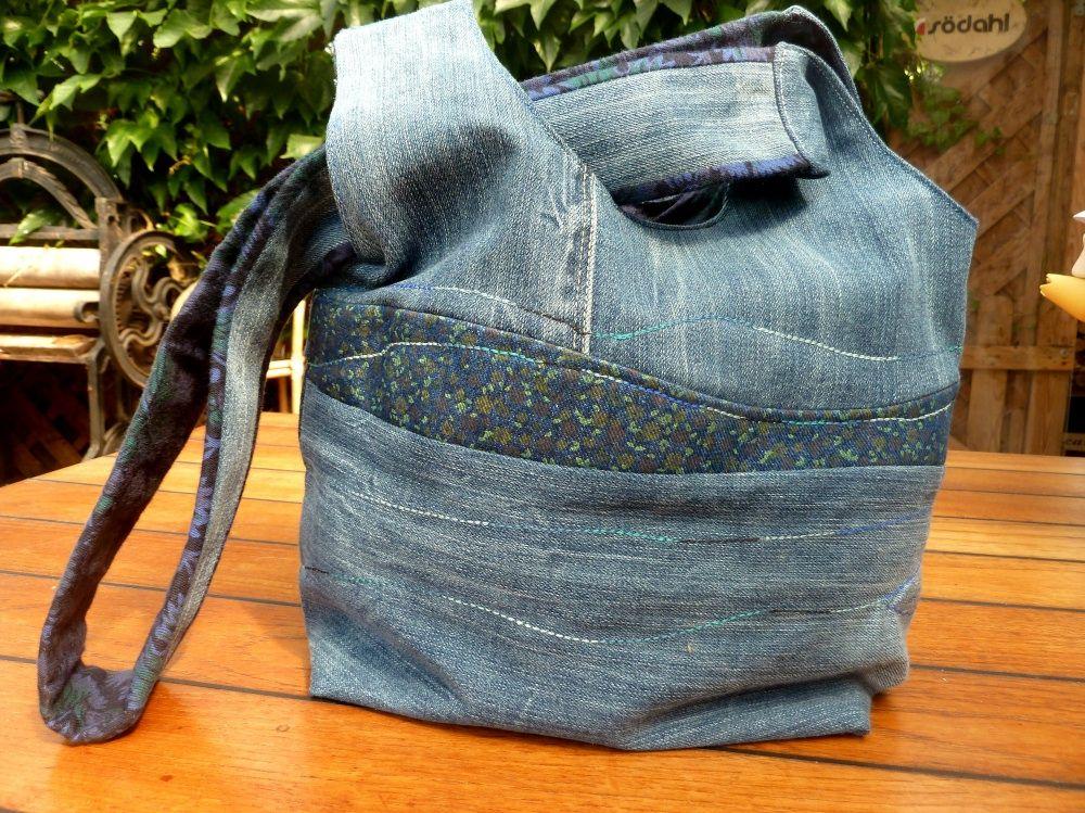 in teil 1 unserer artikelreihe zum jeans recycling n hen wir eine japanische knotentasche mit. Black Bedroom Furniture Sets. Home Design Ideas
