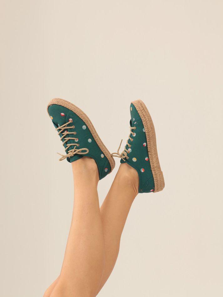 Estampado sneakers yute