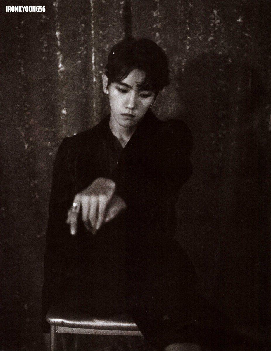 Baekhyun Exo Album Repackage Lotto Photobook Baekhyun Exo Fotografia Poses