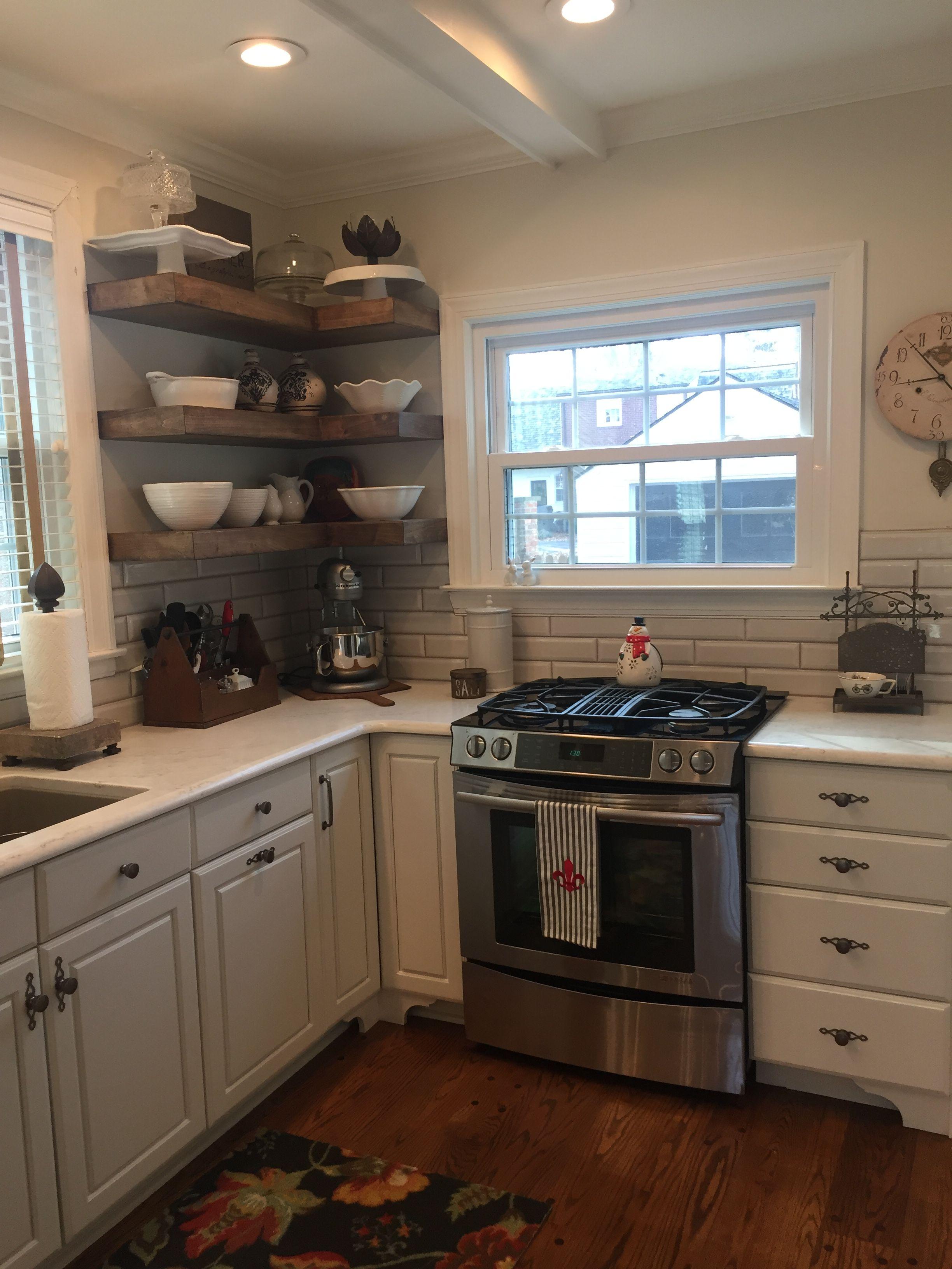 Kitchen remodel. Painted cabinets, Benjamin Moore Swiss ...