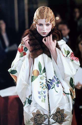 """Runway Dior Spring/Summer 1998  Haute Couture ensemble du soir """"Stowe"""""""