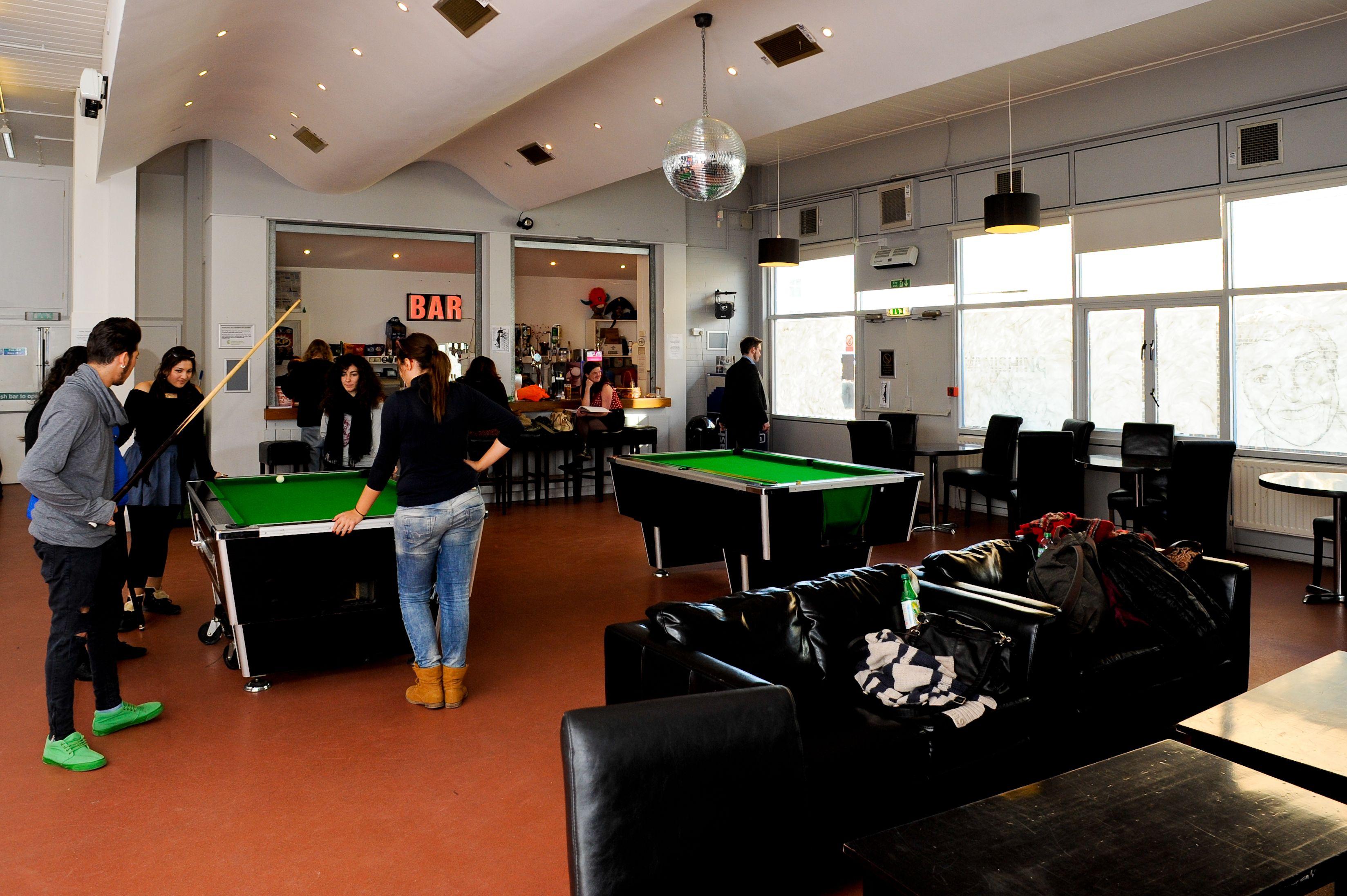 Students Bar & Students Union Student Centre Design